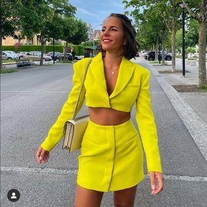 Zara cut out blazer dress bloggers fav